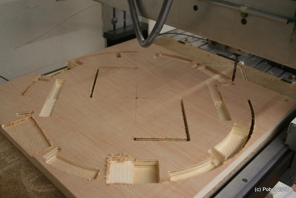 Fabrication du squelette de R2D2  PoBot ~ Cnc Decoupe Bois